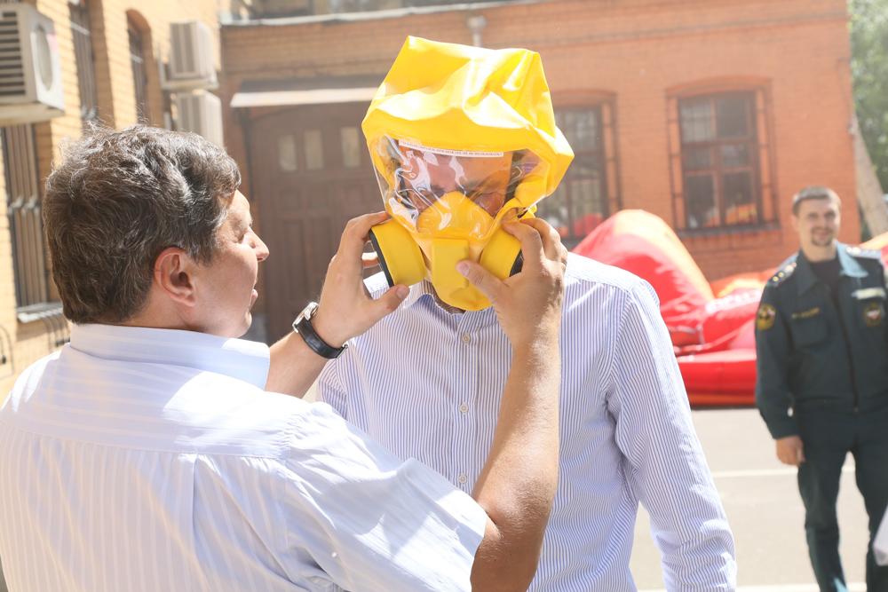 Член Палаты ПСО торговая сеть Магазин 01 в связи с 10-летним юбилеем участвовал в городском празднике Восточный округ - за безопасность!