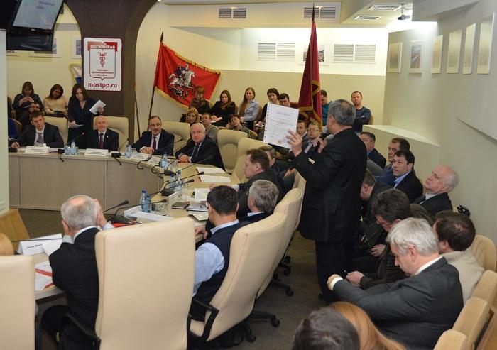 Работодателям рассказали о новых правилах привлечения иностранных граждан к трудовой деятельности в городе Москве.